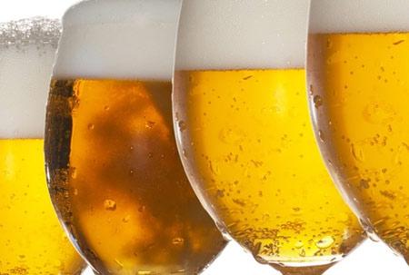 cerveja-madeira-móveis-limpeza